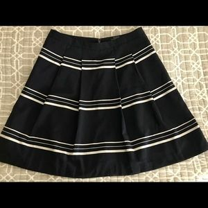The Limited navy white stripe skirt size Small